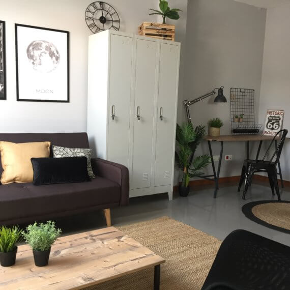 Home staging estilo industrial ático Vigo